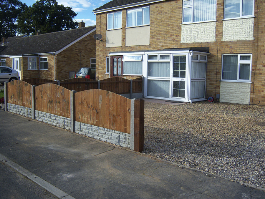 Fencing in Norwich. We install all forms of wood fencing in Norfolk