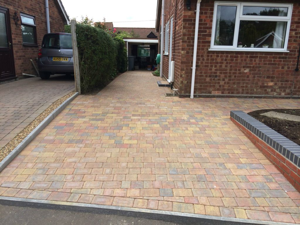 Regatta Trio Paving Blocks Are Ideal For Paths Paving